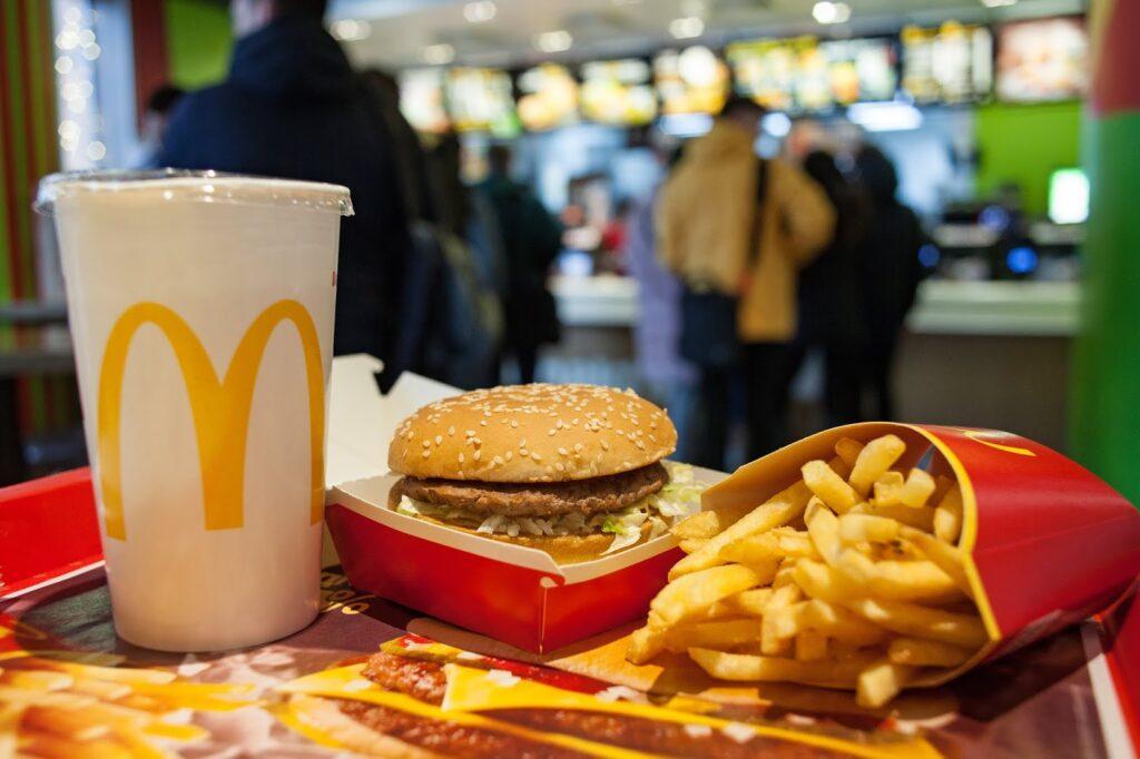 10 chuỗi nhà hàng thức ăn nhanh lớn nhất thế giới - V02