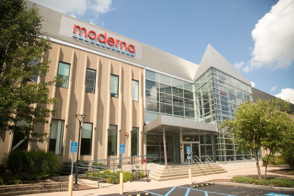 Các mục tiêu tiếp theo của Moderna, công ty trăm tỷ đô nhờ vaccine COVID-19, là sử dụng mRNA trong điều trị Cúm, HIV và Ung thư - V04