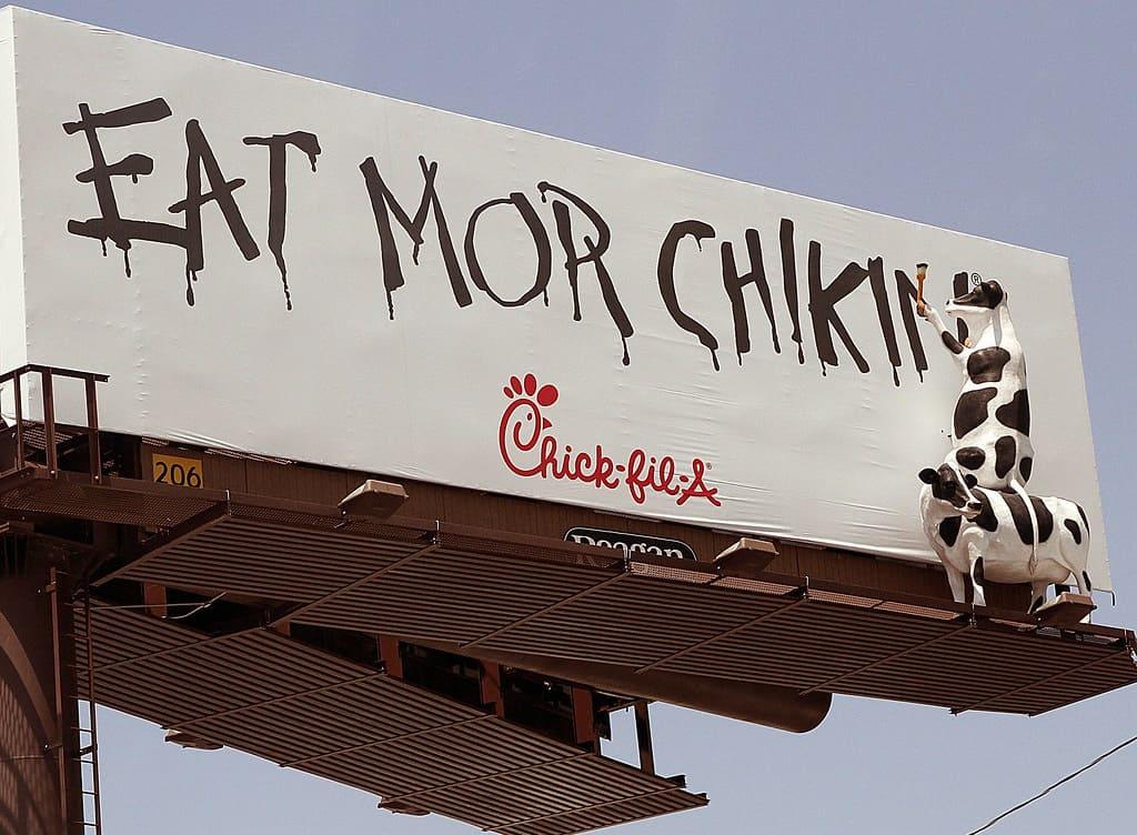 Cách thức giải bài toán 'dân tình chỉ thích burger bò' của Chick-Fil-A, chuỗi đồ ăn nhanh nổi tiếng của Mỹ, chuyên phục vụ các món gà - V02
